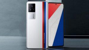 iQOO 7 galardonado con un punto rojo por diseño de producto