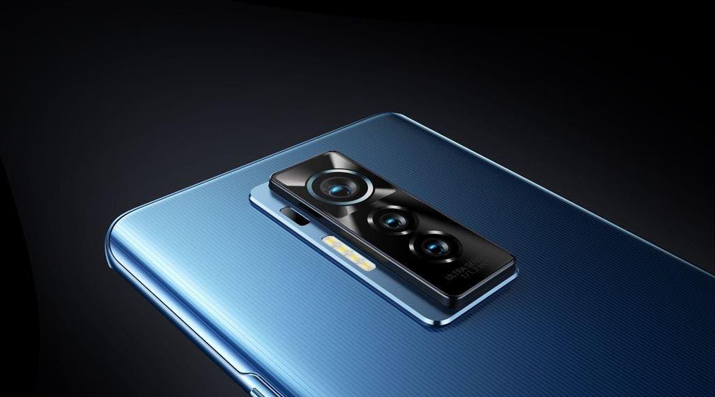 PHANTOM X reinventa el diseño de teléfonos inteligentes del futuro