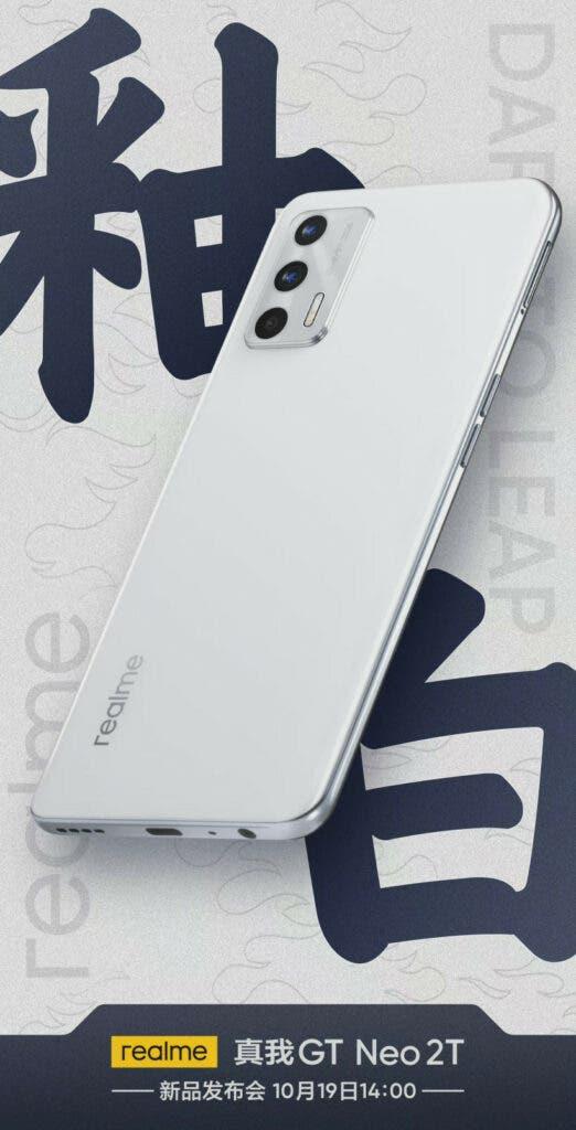 Superficies de color Realme GT Neo2T Glaze White antes del lanzamiento al mercado